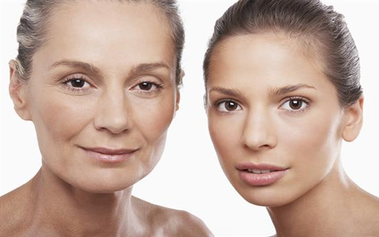 mother and daughter cosmetic